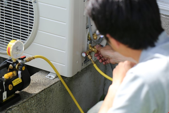 AC Services in Sheikh Zayed Road Dubai
